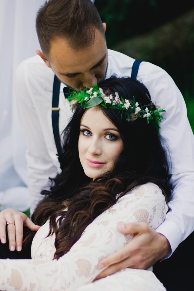 alternatywne kwiaty do włosów na ślub