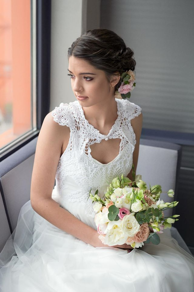 kwiaty do ślubu pastelowe wiązanki ślubne